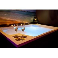 Razvajanje s šampanjcem Čar Orienta ali Tropski raj